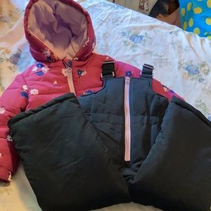⭐️NEW⭐️2 piece snowsuit for toddler